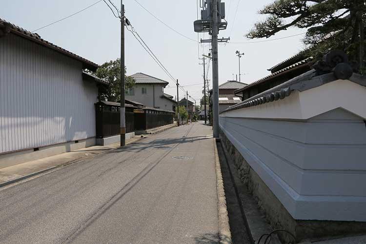 誓満寺前の大浜街道
