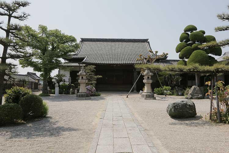 誓満寺本堂