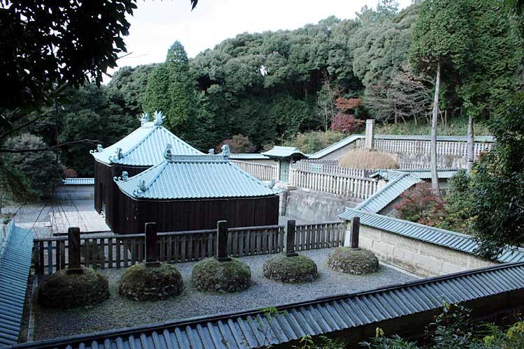 徳川義直朝廟