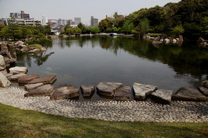 池泉回遊式の徳川庭園