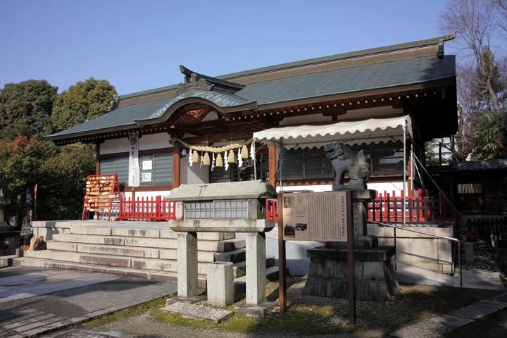 旧多治見村の産土神「新羅神社」