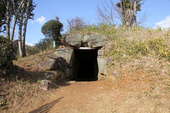 段尻巻古墳石室入口