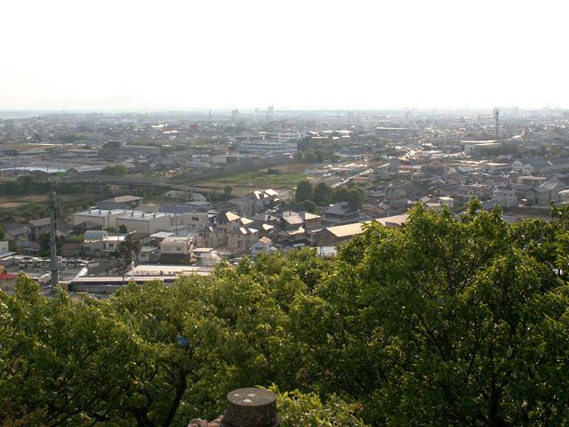 岩屋観音山頂から見た西南方面