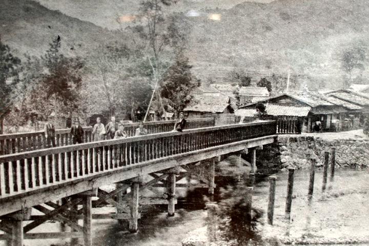 明治時代初頭の御油橋
