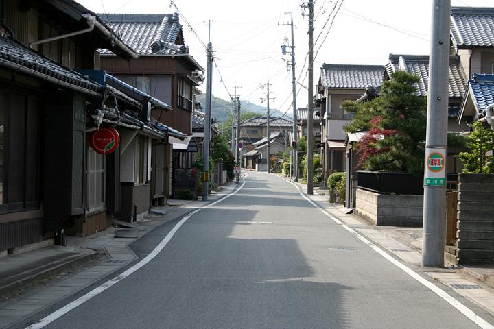 東海道と姫街道の追分(御油宿へ)