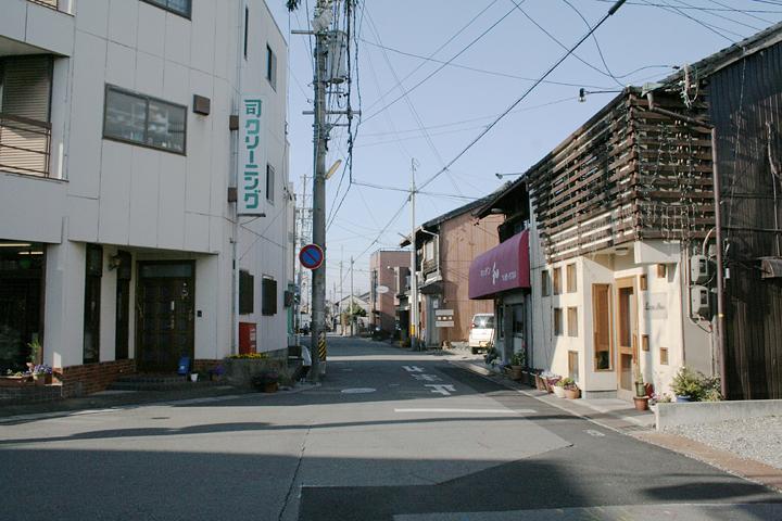 富田の中心部