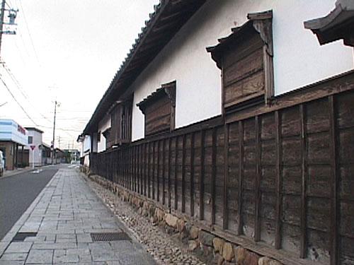 侍屋敷遺構 武家建築として県下でも希少な遺構