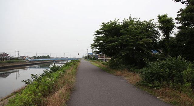 三宅川沿いの勝幡城跡