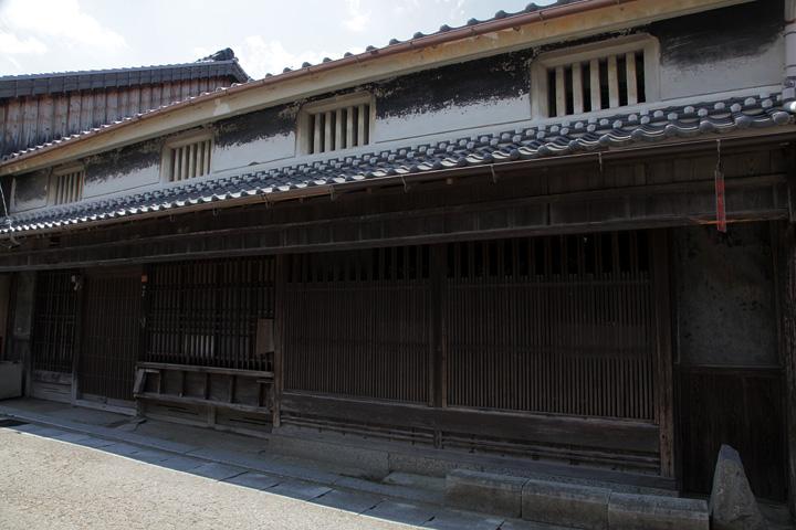 浅原家 江戸屋と称し米屋、材木屋を営んでいた