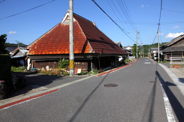 加太板屋に向かう大和街道