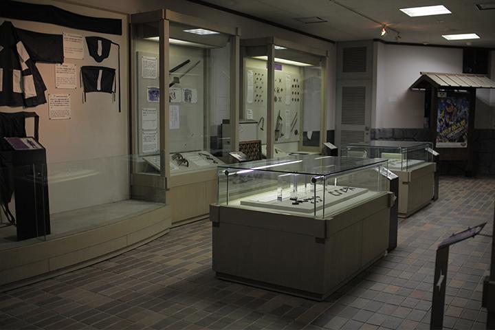 忍術体験館 忍者が作戦実行のために使った道具などを展示