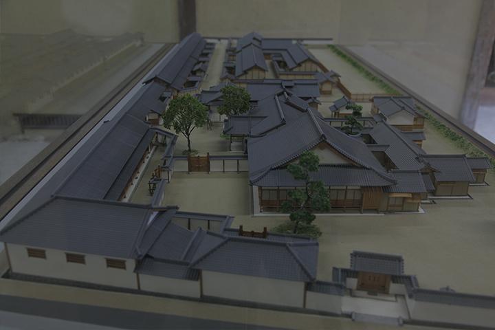 旧崇廣堂の全体模型