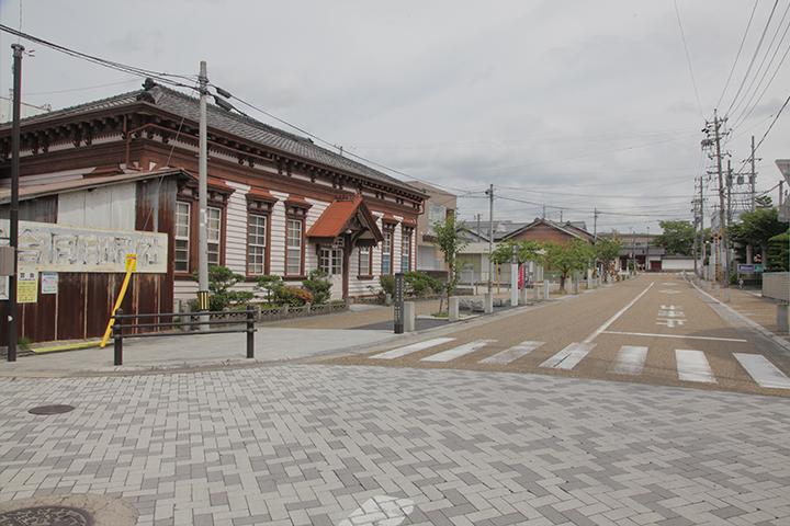 明治な館 北泉邸 明治初期建造の初代上野警察署庁舎であった建物