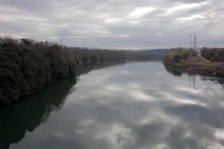 今渡ダム上流