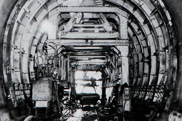 トンネルのコンクリート巻き立て 提供:愛知用水総合管理所