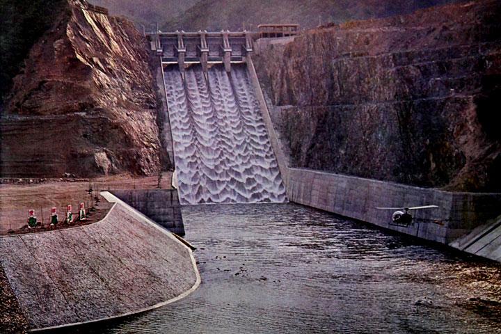 余水吐  提供:愛知用水総合管理所