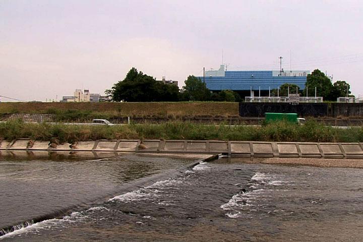 矢田川 川の下のトンネルを通る