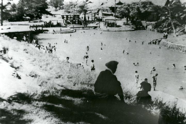 昭和初期の天然プール 提供:名古屋市北区役所