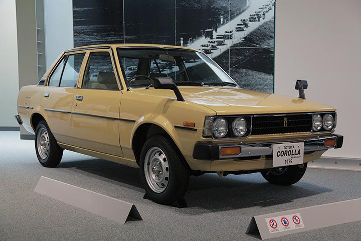 トヨタ カローラ AE70型 1979