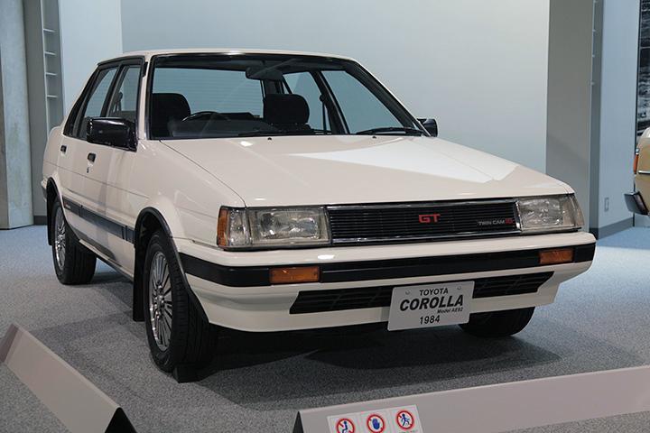 トヨタ カローラ AE82型 1984