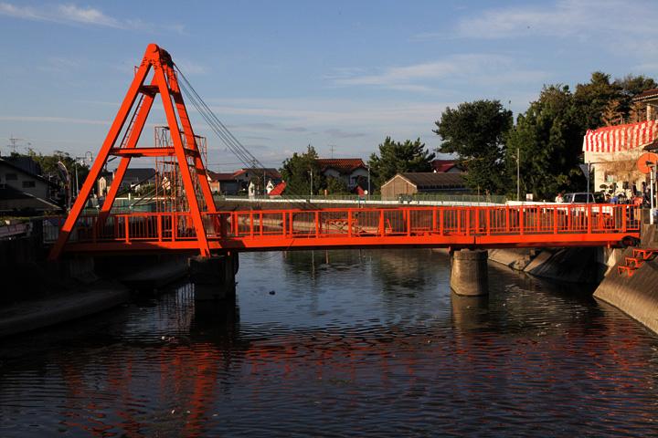 須成祭のときだけ橋が上がる御葭橋