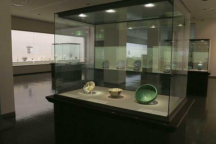 第6展示室-諸外国陶磁・古窯陶磁資料の常設展示