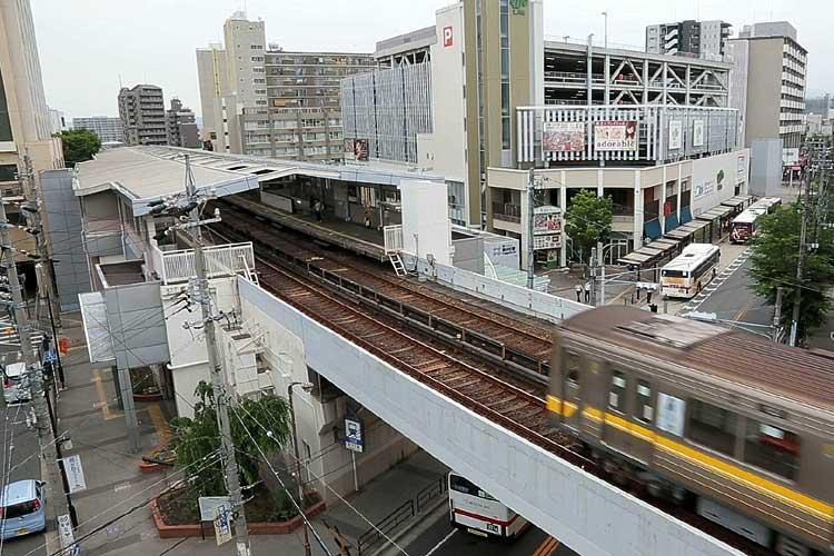 名古屋市営地下鉄藤が丘駅とリニモ藤が丘駅