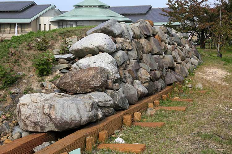 清洲城石垣の一部