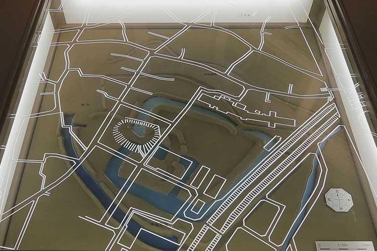 小口城郭の模型(歴史民族資料館)