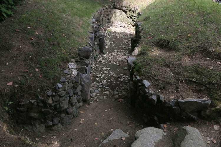岩崎城古墳