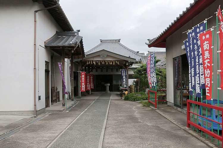 地蔵寺本堂