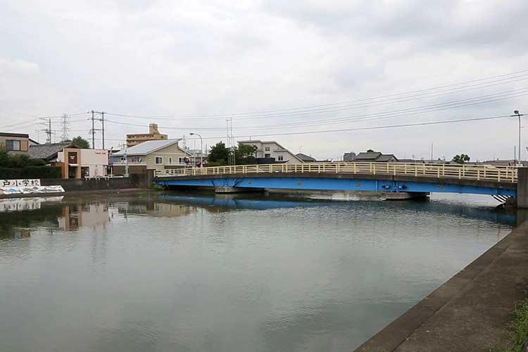 蟹江川(このあたりが当時の海岸線)