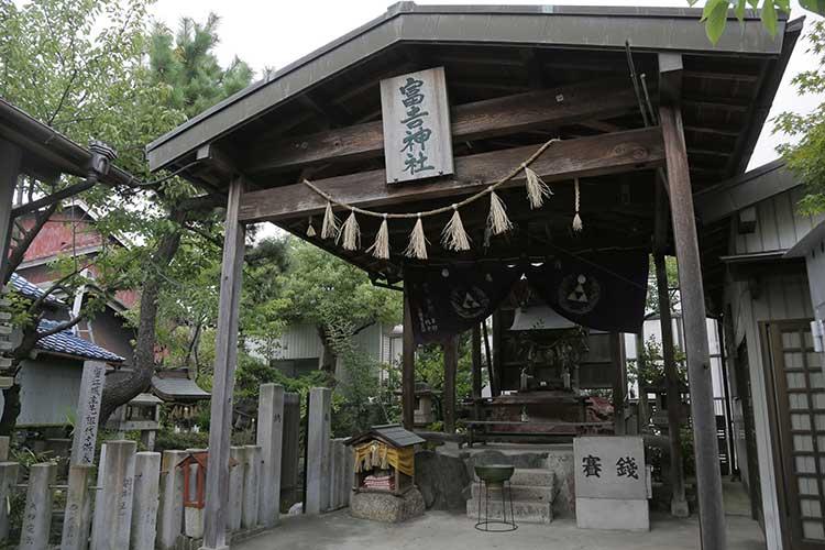 富吉神社拝殿