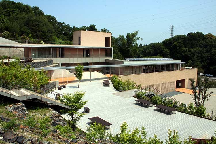 あいち海上の森センター本館