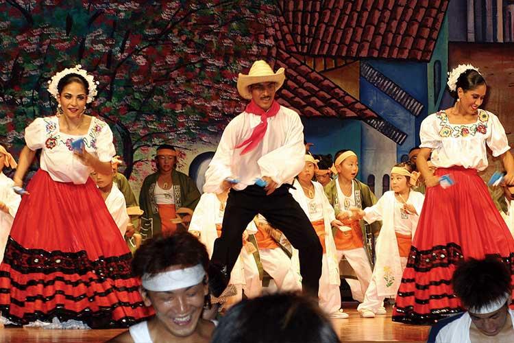 ニカラグア民族劇団