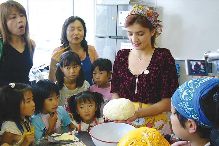 タジキスタンお菓子教室