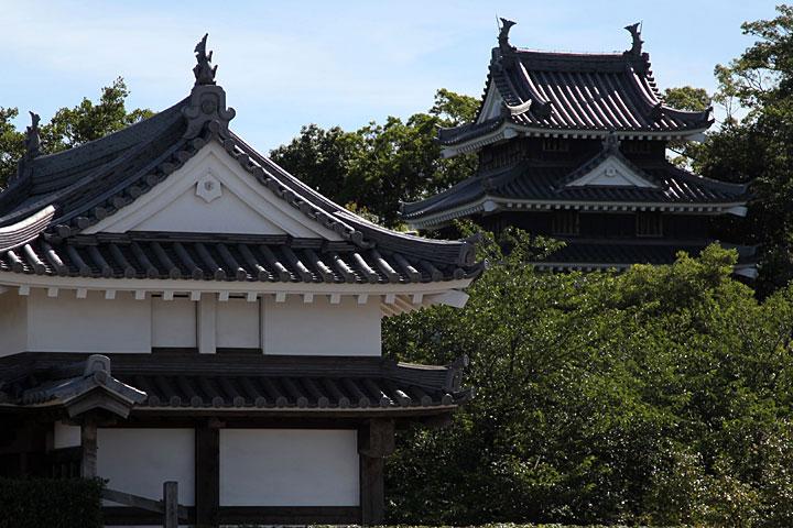 西尾城二之丸鍮石門と丑寅櫓