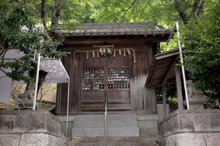 津島神社本殿