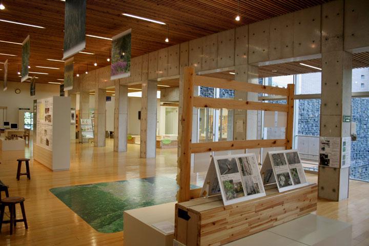 あいち海上の森センター本館展示
