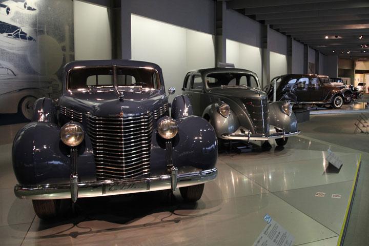 ファツション化から自動車技術完成へ(1930年代)