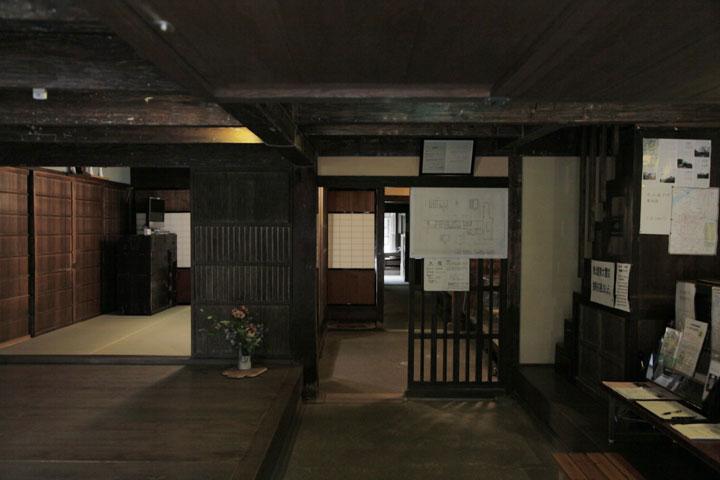 旧磯部邸入口