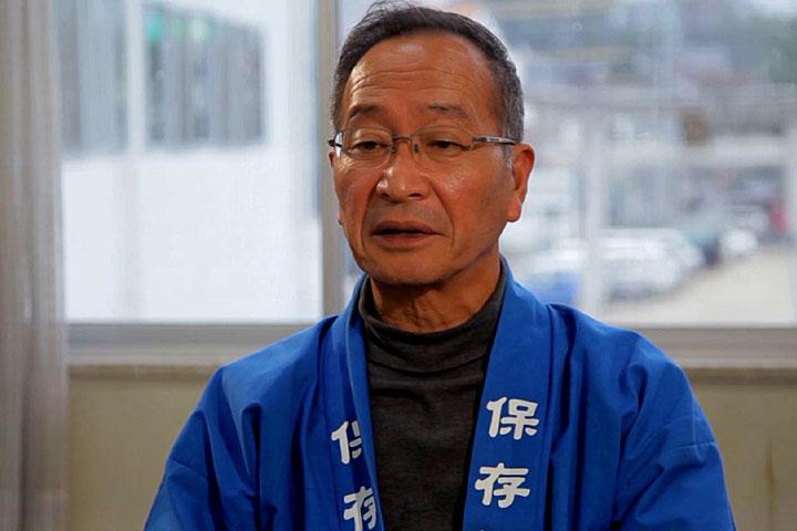 三谷祭の伝承について話す三谷祭保存会 鈴木正さん