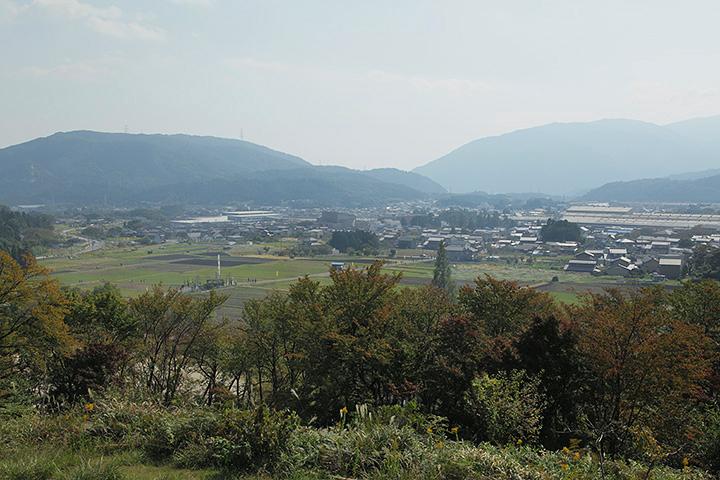 笹尾山からの眺め。決戦地も見える