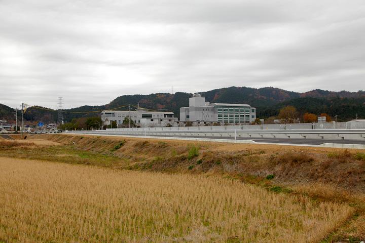山県市役所