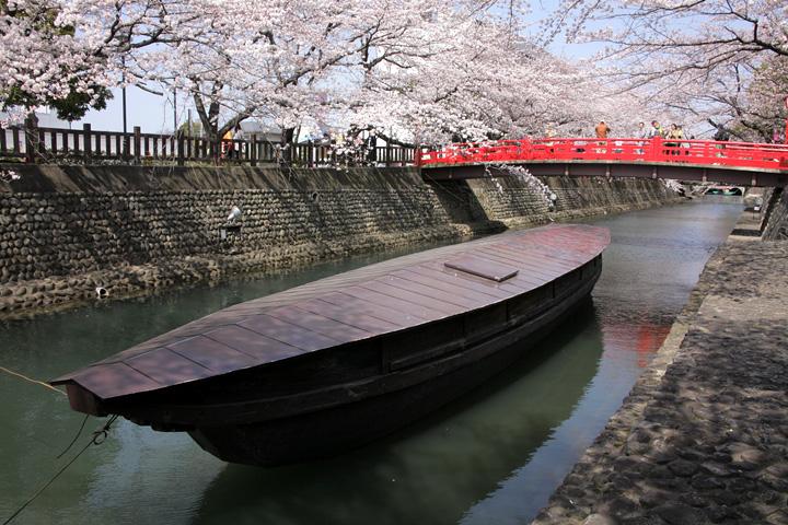 大垣 船町港の復元船