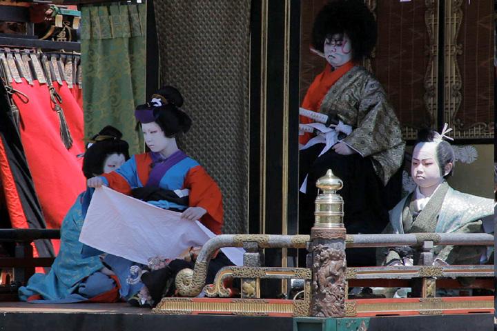 子供歌舞伎狂言「御所桜堀川夜討」紫雲閣(中町