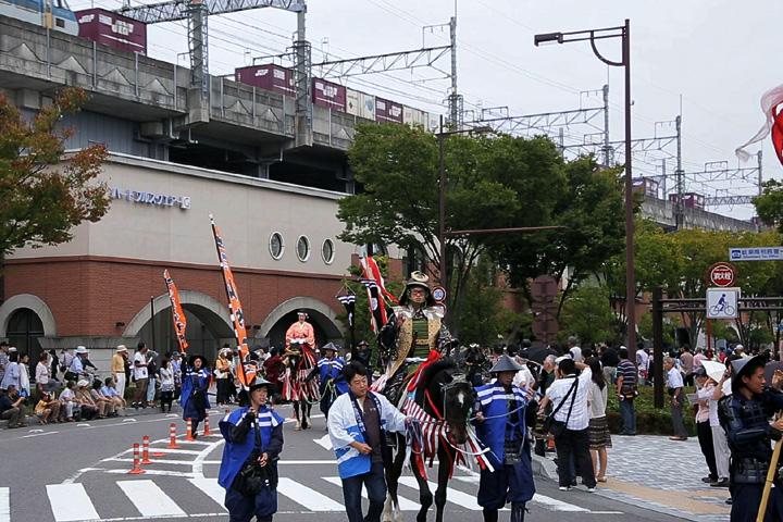 JR岐阜駅南口を出発