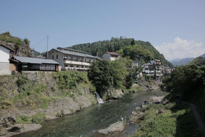 吉田川と郡上城
