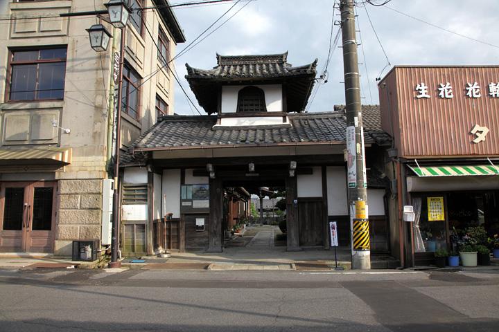 明覚寺山門