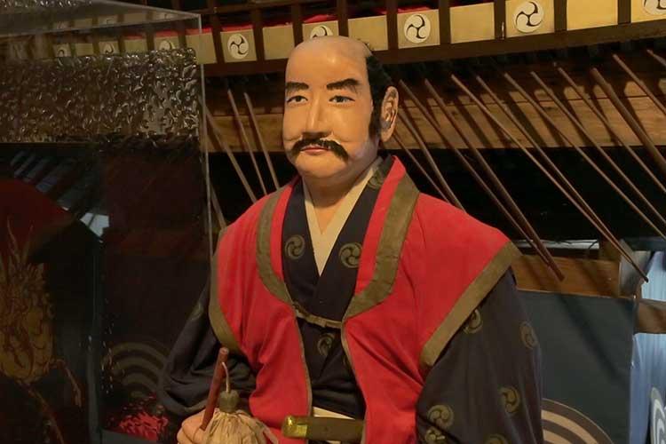 The statue of Kuki Yoshitaka